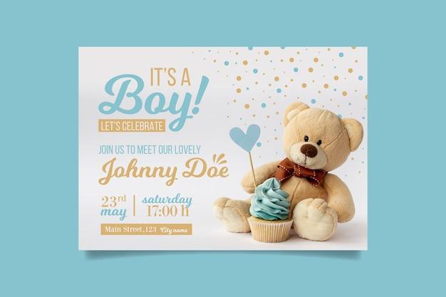 Invitación de baby shower de niño con oso