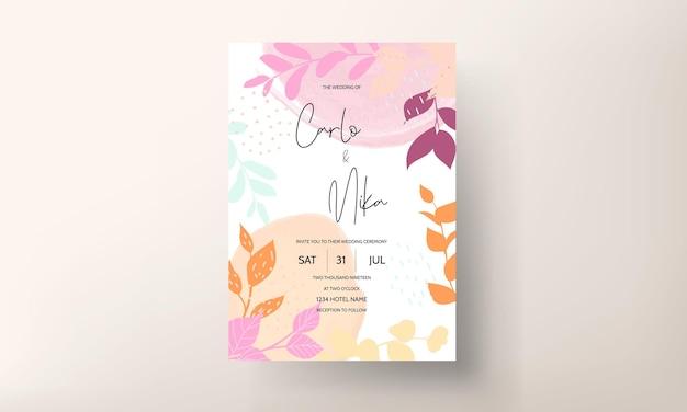 Invitación de boda de diseño floral plano con hojas de primavera