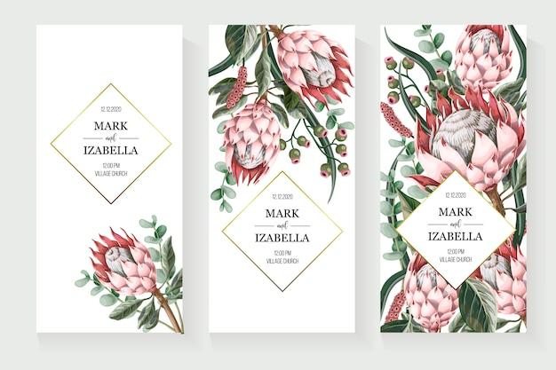 Invitación de boda con hojas, flores de protea, elementos suculentos y dorados en estilo acuarela.