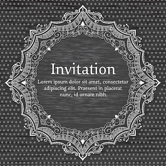 Invitación de boda y tarjeta de anuncio con encaje redondo ornamental.