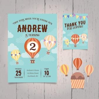 Invitación del cumpleaños con globos de aire caliente