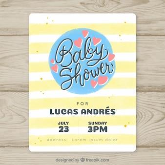 Invitación de fiesta de bebé con líneas amarillas