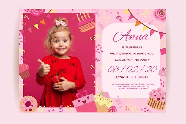 Invitación infantil feliz cumpleaños con niña