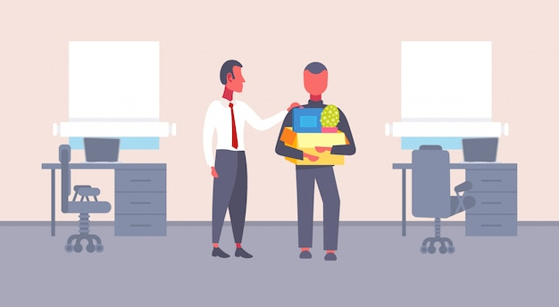 Jefe bienvenida nuevo empleado vacante de empleo con cosas caja de cartón cómodo lugar de trabajo oficina interior primer día hábil concepto plano horizontal