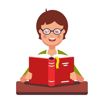 Joven, niño, estudiante, llevando, anteojos, lectura, libro