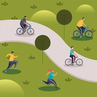 Jóvenes con máscaras médicas en bicicleta
