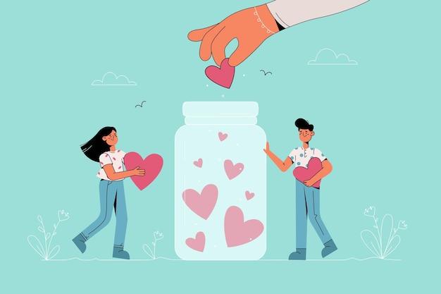 Jóvenes sonrientes personajes de dibujos animados de niños y niñas de pie con corazones en las manos cerca del tarro de donación recogiendo símbolos de corazón con la campaña de caridad ayudando a la mano