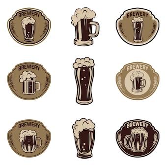 Juego de jarras de cerveza. elementos para logotipo, etiqueta, emblema, signo, insignia. ilustración