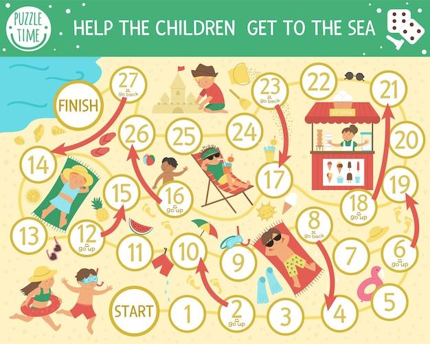 Juego de mesa de verano para niños con niños jugando en la playa.