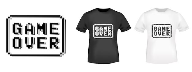 Juego sobre el sello y la maqueta de la camiseta