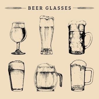 Juego de vasos de cerveza vintage. lager, ale símbolos dibujados a mano, signos. colección de tazas vintage dibujadas a mano