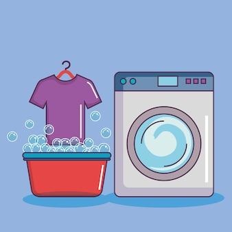 Lavadora con camiseta de lavabo burbujas de jabón