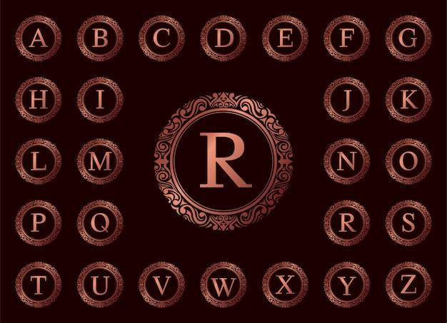 Letra de lujo de oro rosa de la a a la z en rojo