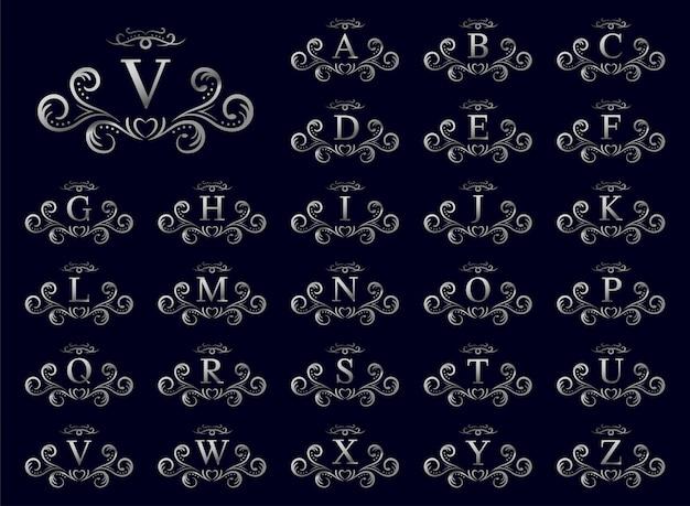 Letra de lujo de plata de la a a la z sobre fondo azul