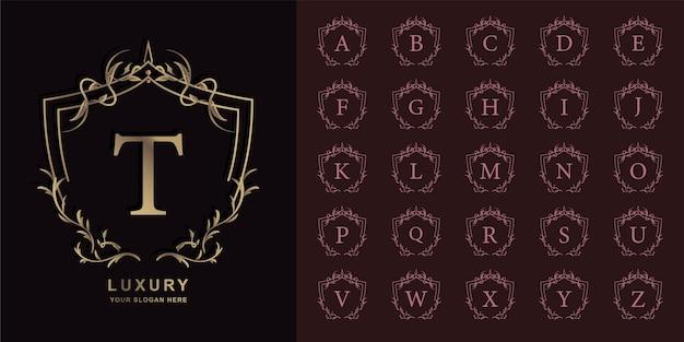 Letra t o alfabeto inicial de colección con plantilla de logotipo dorado de marco floral de adorno de lujo.