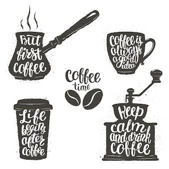 Letras de café en taza, molinillo, formas de olla.