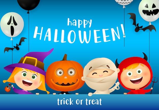 Letras de feliz halloween y niños con máscaras de monstruos