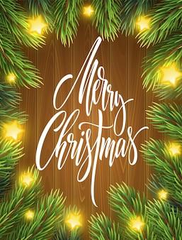 Letras de feliz navidad en marco de ramas de abeto. saludo de navidad sobre fondo de madera. ramas de abeto con luces de estrellas brillantes. banner realista de feliz navidad, diseño de carteles. vector aislado