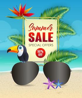 Letras de venta de verano con gafas de sol y tucán