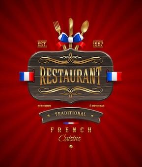 Letrero de madera vintage decorativo de restaurante francés con decoración dorada y letras