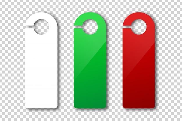 Letrero de suspensión de puerta realista para decoración y revestimiento en el fondo transparente. concepto de maqueta publicitaria.