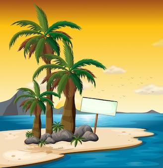 Un letrero vacío cerca de las palmeras en la orilla