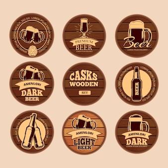 Letreros de madera de barrica de roble. etiquetas de alcohol de vector retro círculo para cafetería, restaurante, bistro, pub,