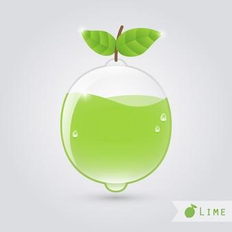 Lima de cristal con zumo de lima dentro