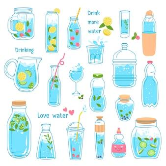 Limonada y agua purificada, bebidas aisladas y bebidas con frutas y hojas. cítricos y limón, baya de fresa en botellas y jarras. cafetería o restaurante que sirve comida. vector en estilo plano