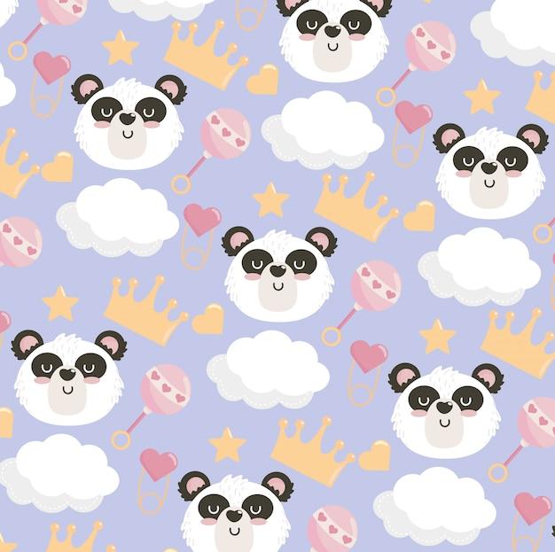 Linda cabeza de panda con patrón de sonajero y corona