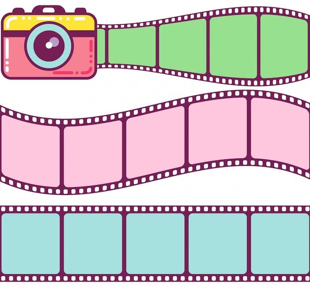 Linda cámara y marcos de película vintage.