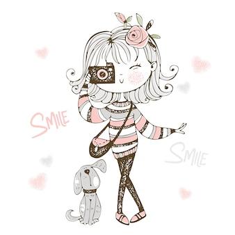 Linda chica de moda con una cámara con su perro mascota.