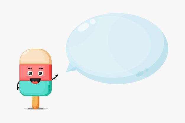 Linda mascota de helado con discurso de burbuja