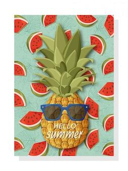 Linda plantilla de fondo de verano para pancartas y fondos de pantalla, tarjetas de invitación y carteles. fresca piña con gafas de sol y sandías en la parte posterior.