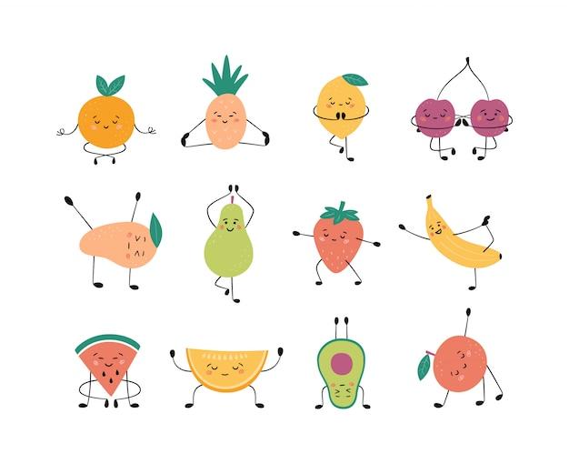 Lindas frutas y bayas en pose de yoga. manzana, plátano, pera y otras frutas practicando yoga y medita