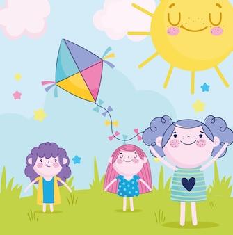 Lindas niñas y niños jugando con cometas en el parque, ilustración infantil