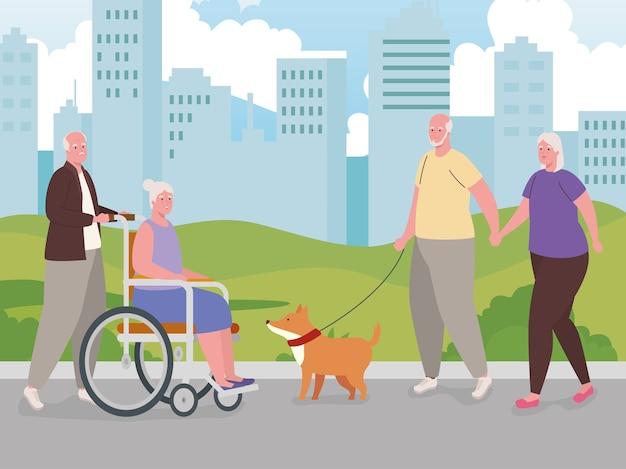 Lindas parejas de ancianos haciendo diferentes actividades al aire libre