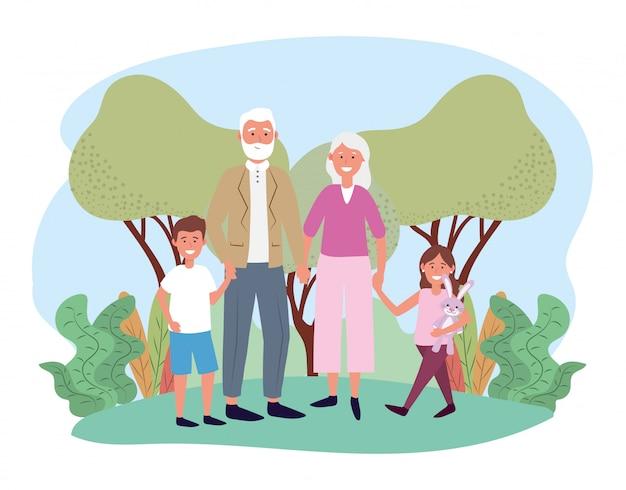 Lindo abuelo y abuela con sus niños felices