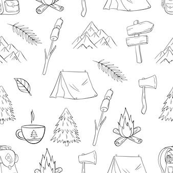 Lindo camping y senderismo de patrones sin fisuras con doodle o estilo dibujado a mano