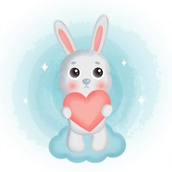 Lindo conejo de pie en el cielo.