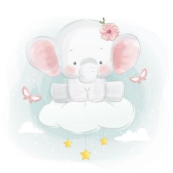 Lindo elefante sentado en una nube