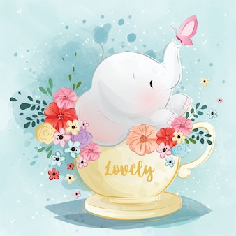 Lindo elefante en la taza de té de primavera