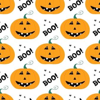 Lindo personaje de calabaza sonriente con letras boo y cruz. patrón sin fisuras de halloween. aislado sobre fondo blanco.