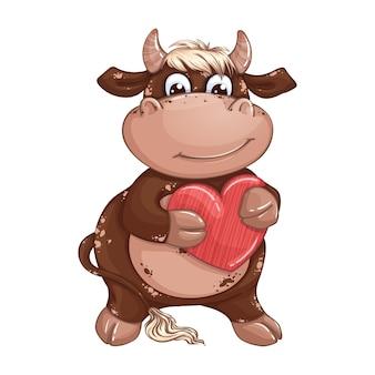 Un lindo toro chico marrón con cabello rubio sosteniendo un corazón rojo. día de san valentín.