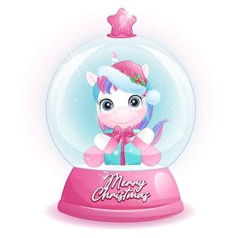 Lindo unicornio doodle para navidad en estilo acuarela