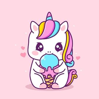 Lindo unicornio feliz comiendo helado