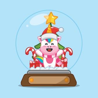 Lindo unicornio en globo de nieve linda ilustración de dibujos animados de navidad