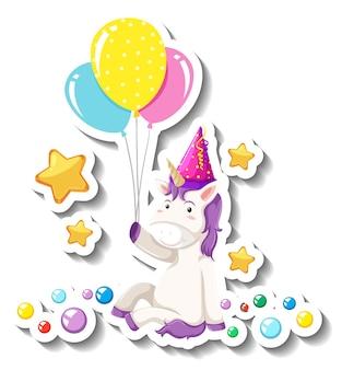 Lindo unicornio sentado pose y sosteniendo globos sobre fondo blanco.