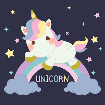 Lindo unicornio sentado sobre un arco iris pastel y nubes azules sobre fondo azul oscuro