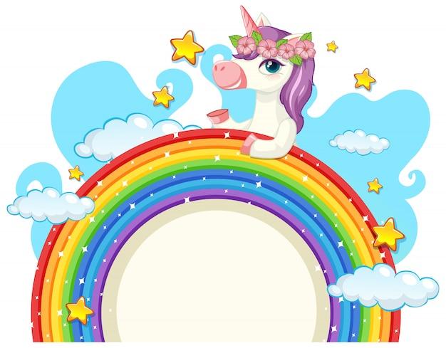 Lindo unicornio sobre arcoiris